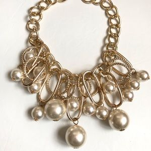Jewelry - NWOT CHUNKY LARGE FAIX PEARL OVERSIZED LINK CHAIN